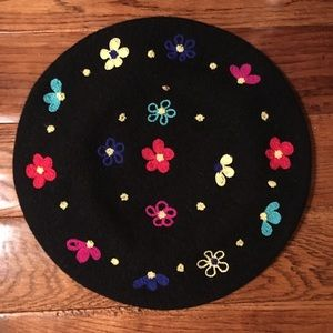Nordstrom's black wool beret w/embroidered flowers